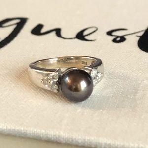 14 Karat White Gold Grey Peal & Diamond Ring
